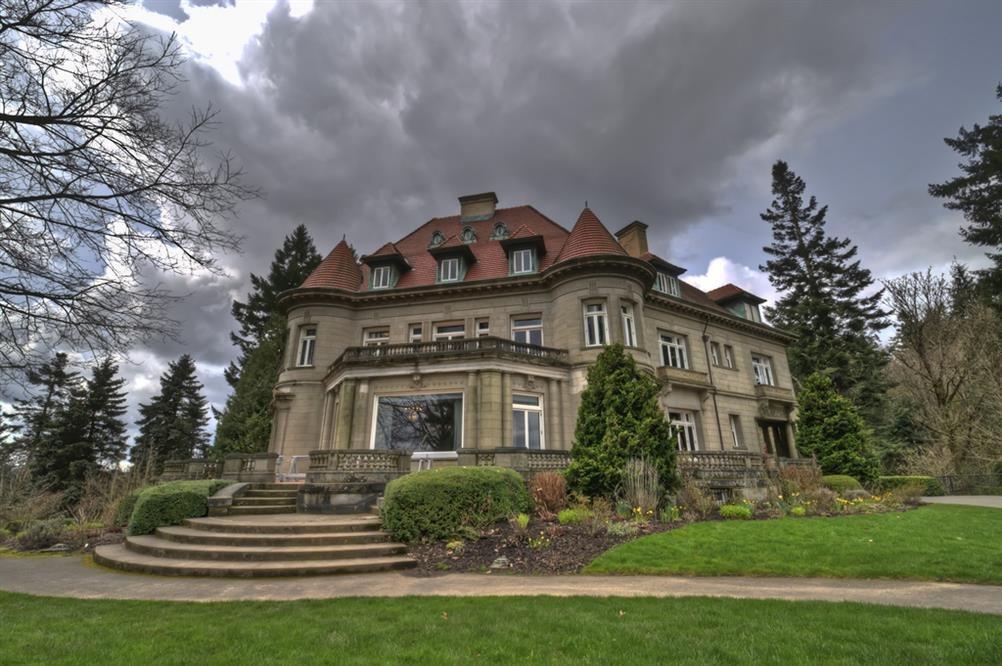 Hotels Near White City Oregon